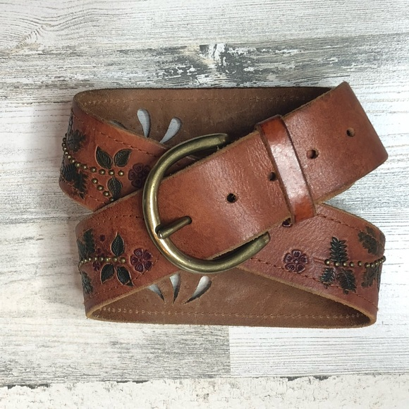 Express Accessories - •EXPRESS• Studded Floral Tooled Leather Belt